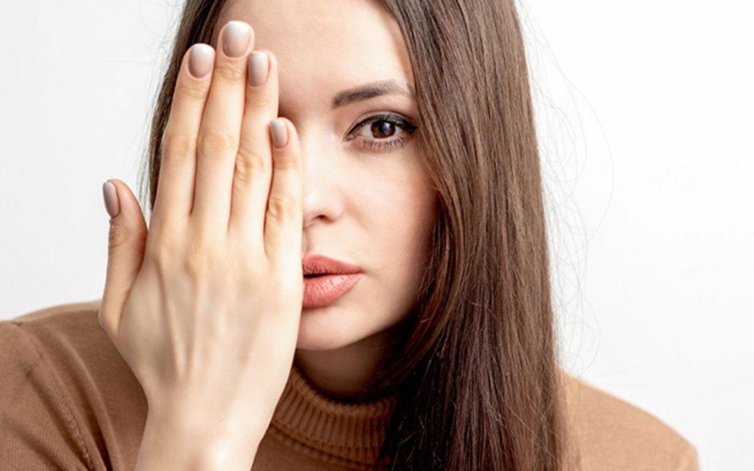 Schiarire le macchie sul viso con un metodo che funziona davvero